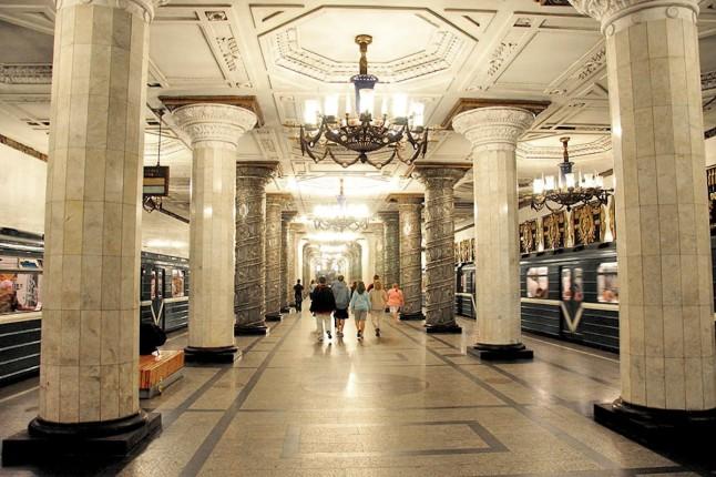 00f-avtovo-metro-station-st-petersburg-02-12-12